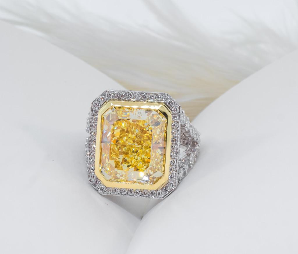 beautiful jewelry photos